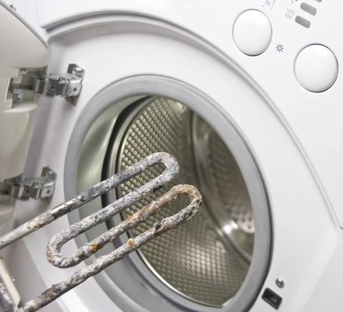 Чтобы стиральная машина долго служила верой и правдой - правильно за ней ухаживайте