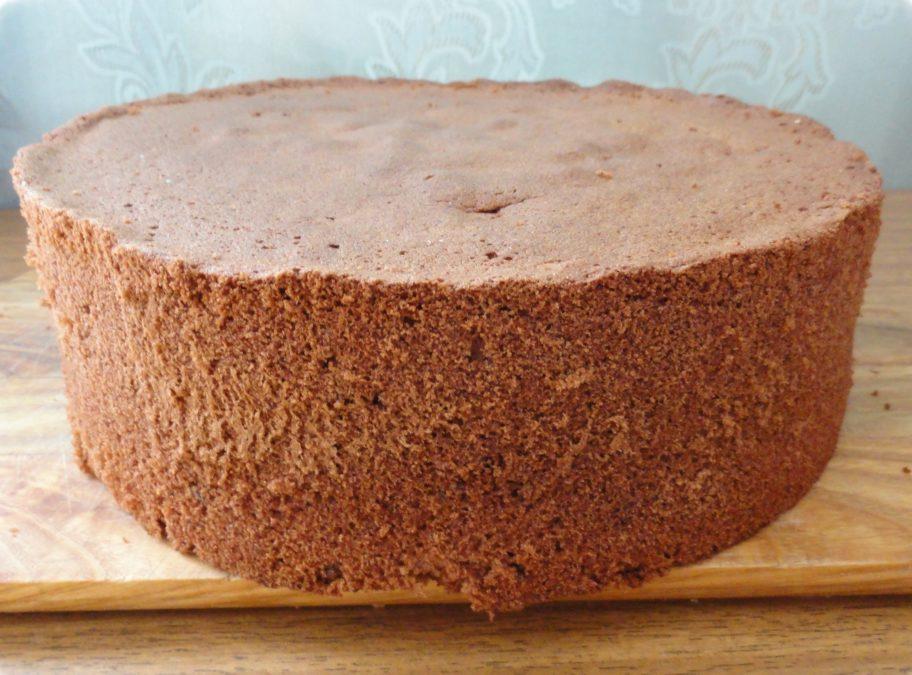 Единственный торт, который я готовлю идеально всегда! Шоколадный бисквит - никогда не подведёт!