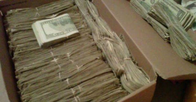 Дедушка нашел 95000 долларов, которые спрятала его жена. Но когда узнал откуда они взялись...