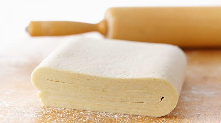 Приготовить слоеное тесто всего за 10 минут? По этому рецепту - проще простого!