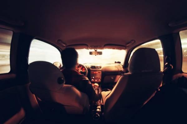 Удивительная история о том, как таксист бесплатно довез девушку… Прочитайте, Вам обязательно понравится!