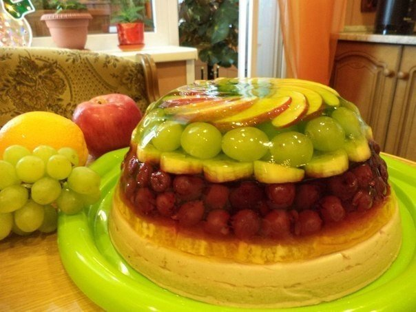 Полезнейший в мире тортик: Фрукты, фрукты, фрукты! Их много не бывает...