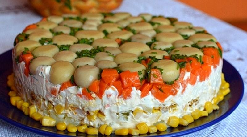Торт-салат с курицей и грибами. Вкусный и очень сытный. Пробуйте обязательно!