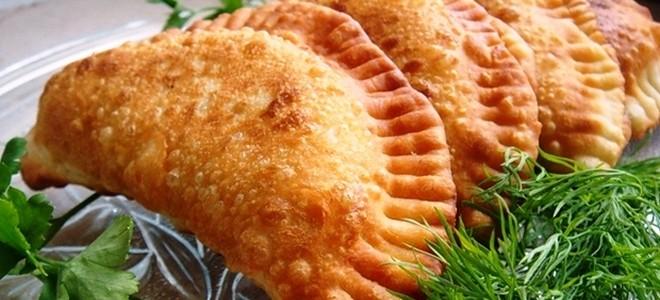 Чебуреки с мясом на вкуснейшем хрустящем тесте. Попробуйте обязательно!