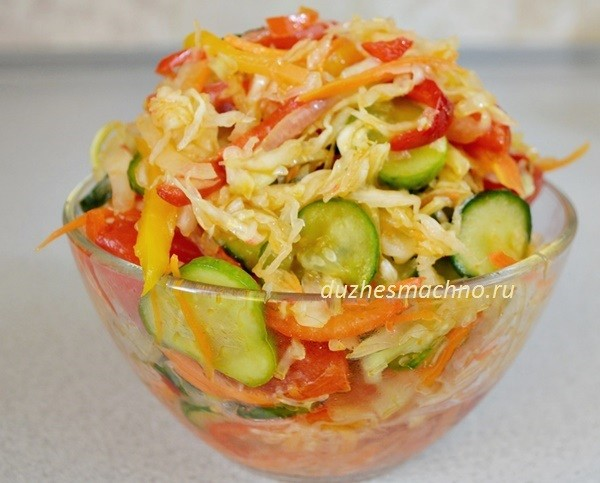 Улётный салат на зиму «Кубанский» с капустой, перцем, помидорами и огурцами – полюбите его сразу!