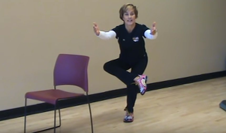 Как справиться с болью в спине при воспалении седалищного нерва? 11 лучших упражнений