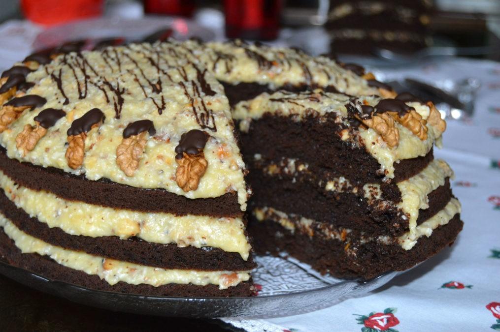 Немецкий торт — вкуснейший десерт с потрясающе нежным кремом