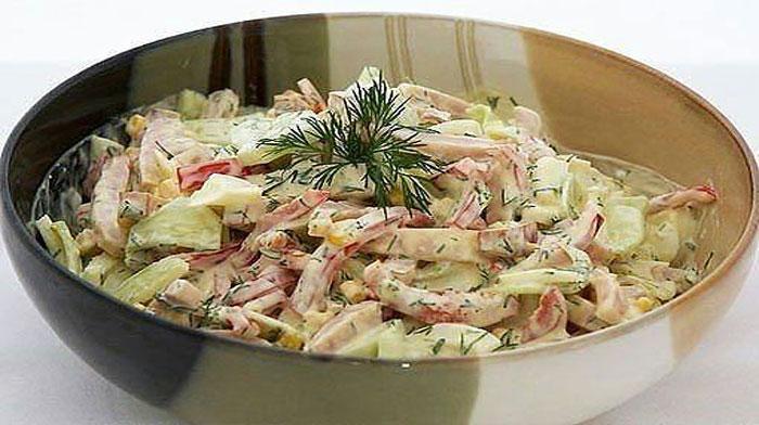 9 вкуснейших салатов, которые точно выручат Вас и в будни, и в праздники
