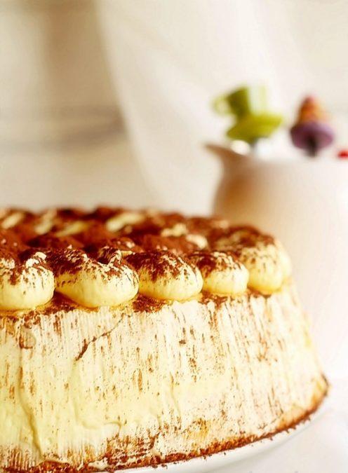 Этот потрясающий крем идеально подходит и для торта, и для пирожных!