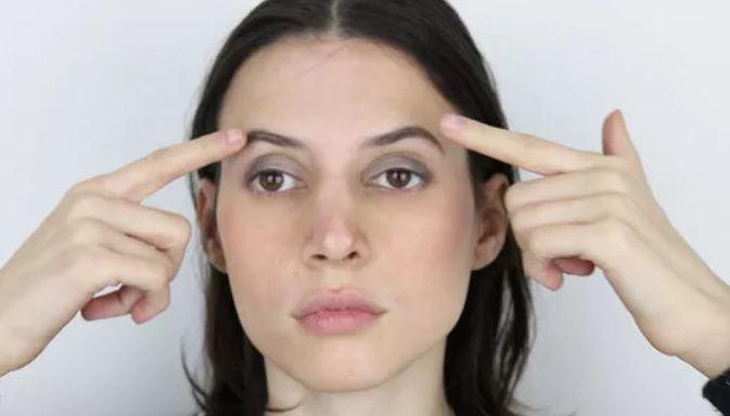 Мышцы лица тренирую, как и мышцы тела. Для этого есть 8 упражнений — результат супер!