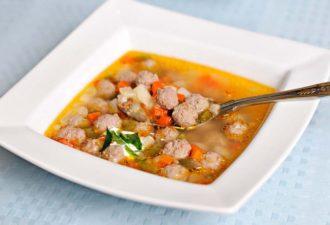 Шесть лучших супов для приготовления в мультиварке