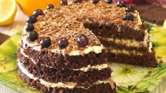Для меня это самый быстрый и вкусный торт. Очень простенький рецептик!