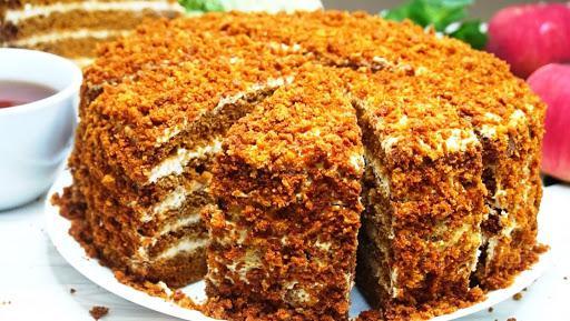 Торт «Медовый» — хоть и готовлю торты редко, но этот чаще всего!