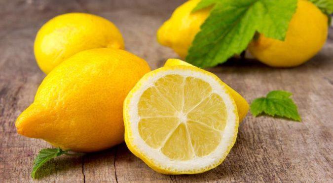 Благодаря этому трюку лимоны будут оставаться свежими в течение целого месяца