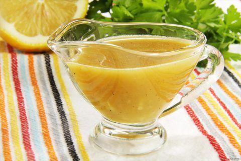 Легендарный греческий соус к салатам и мясу. Чудесное дополнение к блюдам!