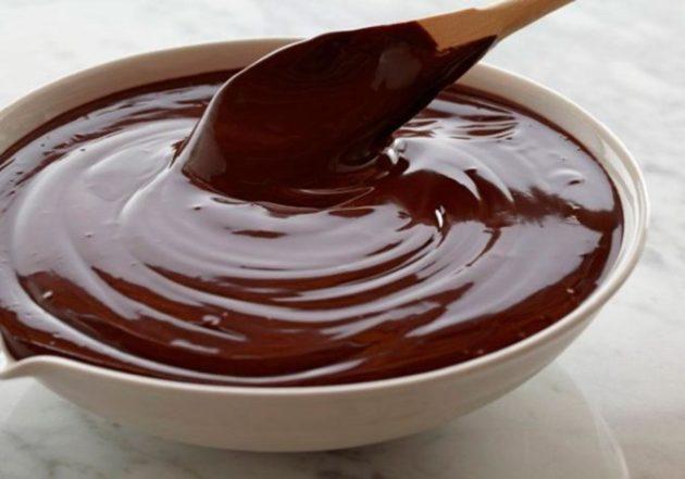 Маленькие хитрости и 9 рецептов приготовления идеальной шоколадной глазури