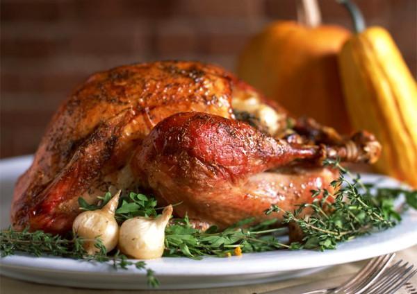 Праздничная курица в медово - горчичном соусе в духовке — вся семья в восторге!