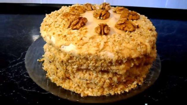 По моему по этому рецепту получается самый вкусный киевский торт с безе и орехами