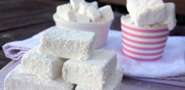 Домашний зефир — чудесный лёгкий десерт, который очень нравится деткам!