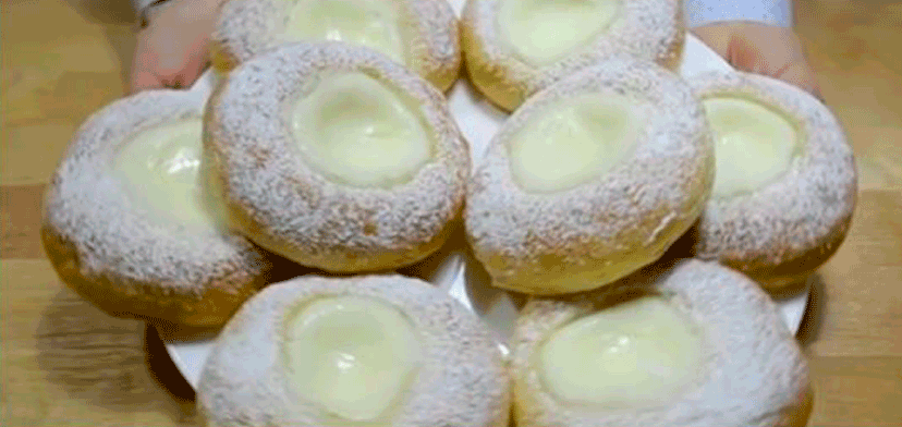 Нежнейшие булочки сметанники или ватрушки со сметанным кремом