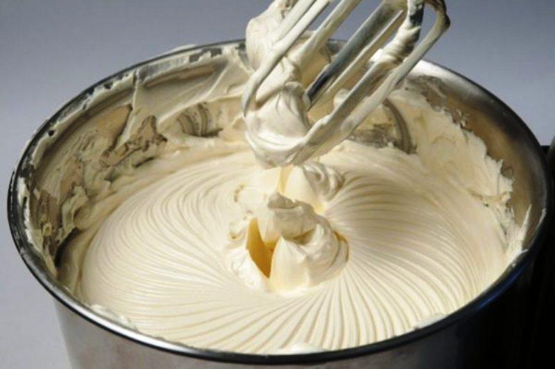 Сливочный крем «Пятиминутка» из самых простых ингредиентов