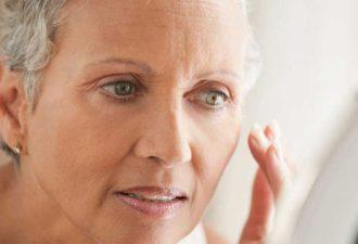 Маме 60, а все дают меньше 45… И все благодаря омолаживающей маске, которую делала еще ее прабабушка!