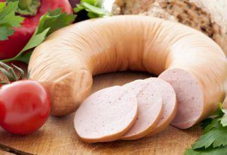 Домашняя колбаса из курицы — 2 вкусных варианта к праздничному столу
