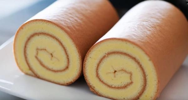Простой и надёжный рецепт бисквита для рулетов. Получается всегда идеальным!