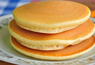 Пышные панкейки к завтраку. Традиционный рецепт