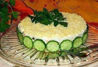 Шикарный, вкусный и невероятно полезный салат из печени трески под шубой