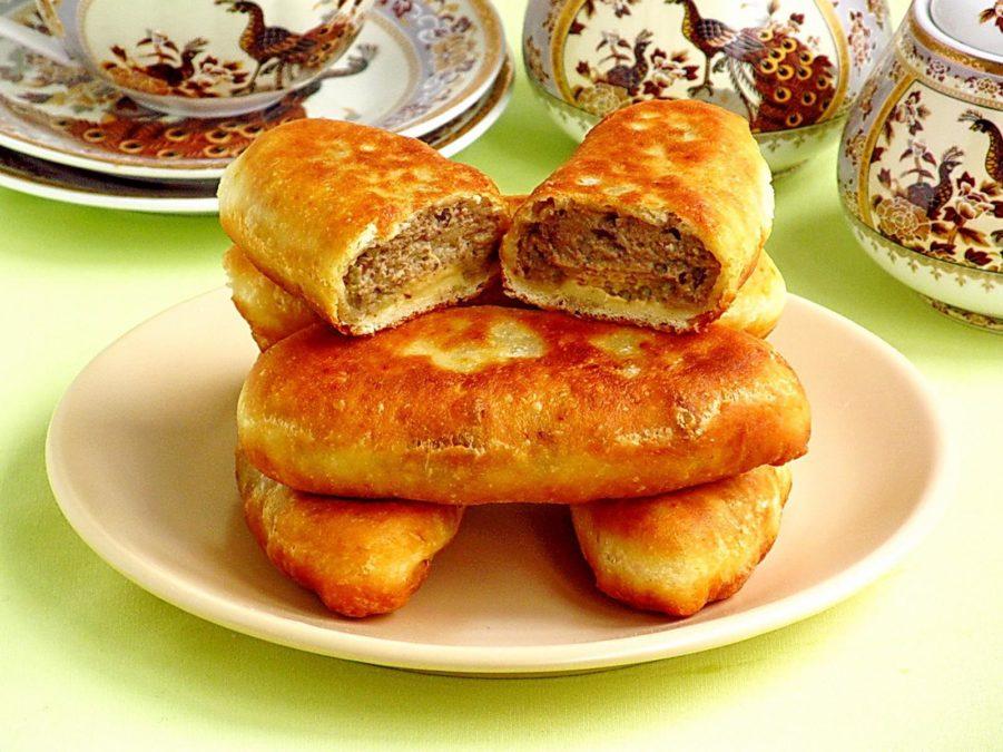Пышные пирожки на кефире с мясом. Вкуснятина!