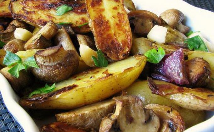 Картошка с грибами в рукаве. Всё смешал и в духовку! Очень просто!