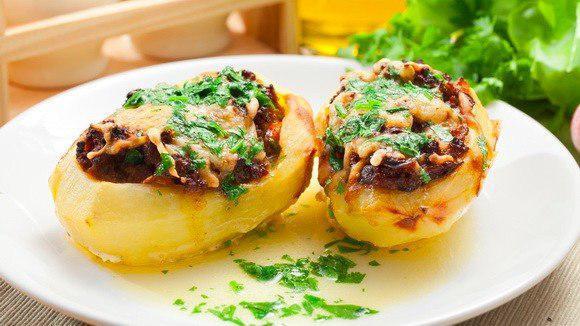 Жульен в картофеле — это всегда классный и беспроигрышный вариант простой вкуснятины