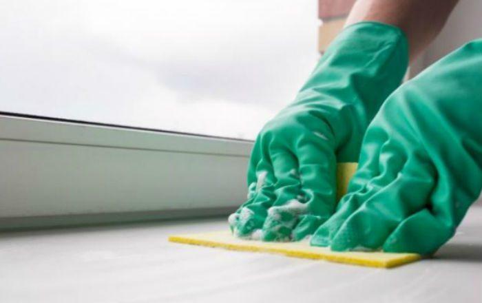 Как отмыть пластиковый подоконник от въевшейся грязи и плесени без усилий