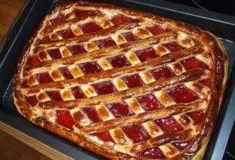 Очень быстрый пирог с вареньем — Экономный