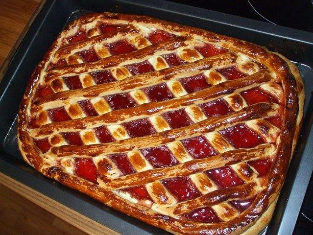 Очень быстрый пирог с вареньем — Экономный вариант
