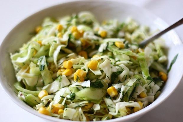 Не знаете что съесть поздно вечером — 5 рецептов полезных диетических салатов!