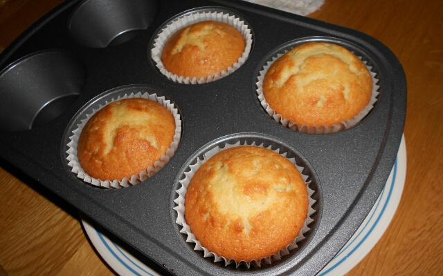 Воздушные вкусные кексы. Готовятся очень просто и быстро, справится кто угодно!