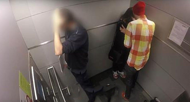 Они остались в лифте втроем. Спустя пару секунд камера запечатлела нечто ужасное…