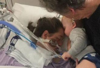 Малыш дарит последний поцелуй матери, которая пожертвовала жизнью ради его рождения…