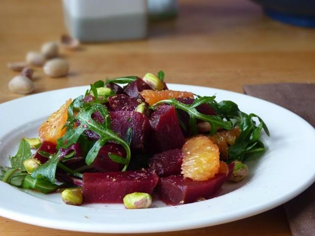 8 самых вкусных салатов из свеклы. Отличная полезная подборка на каждый день!
