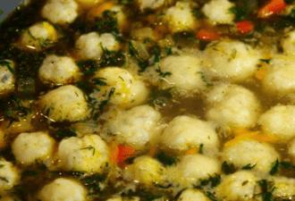 Потрясный суп с сырными шариками. Все гости просят добавки!
