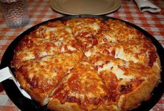 Пицца (самая быстрая) на сковороде всего лишь за десять минут