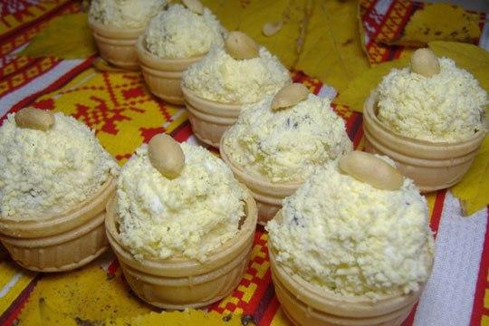 Закуска на УРА - тарталетки с грибами, сыром и яйцами