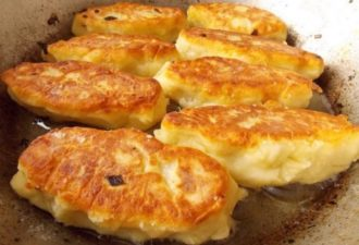 Моя бабушка из Минска научила меня их готовить: вкуснейшие зразы с грибами