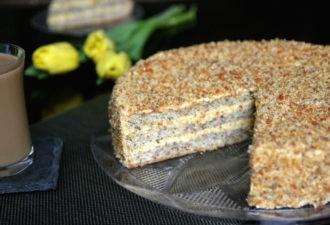 Превосходный ореховый торт с вкуснейшим кремом для самых важных случаев! Вкусный и оригинальный!
