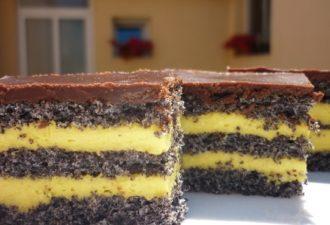 Торт с маком, ванильным кремом и шоколадной глазурью. Идеальное сочетание вкусов и ароматов!