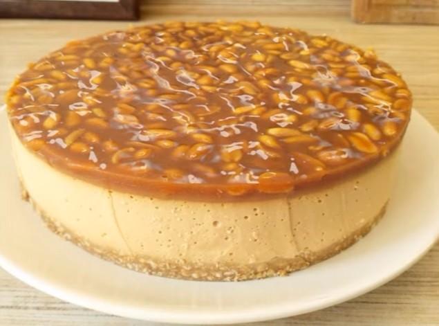 Великолепный карамельный торт без выпечки. Очень нежный!
