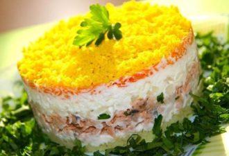 Классический рецепт салата мимоза с сайрой. Никогда не подводил!