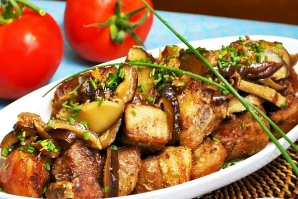 Жаркое из свинины с картошкой и баклажанами по-царски. Вам понравится!